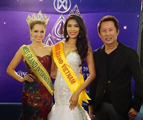 Lan Khuê (giữa) sẽ đại diện cho Việt Nam tại cuộc thi Hoa hậu hòa bình thế giới (Miss Grand International) năm 2016 tổ chức tại Mỹ vào tháng 10/2016.