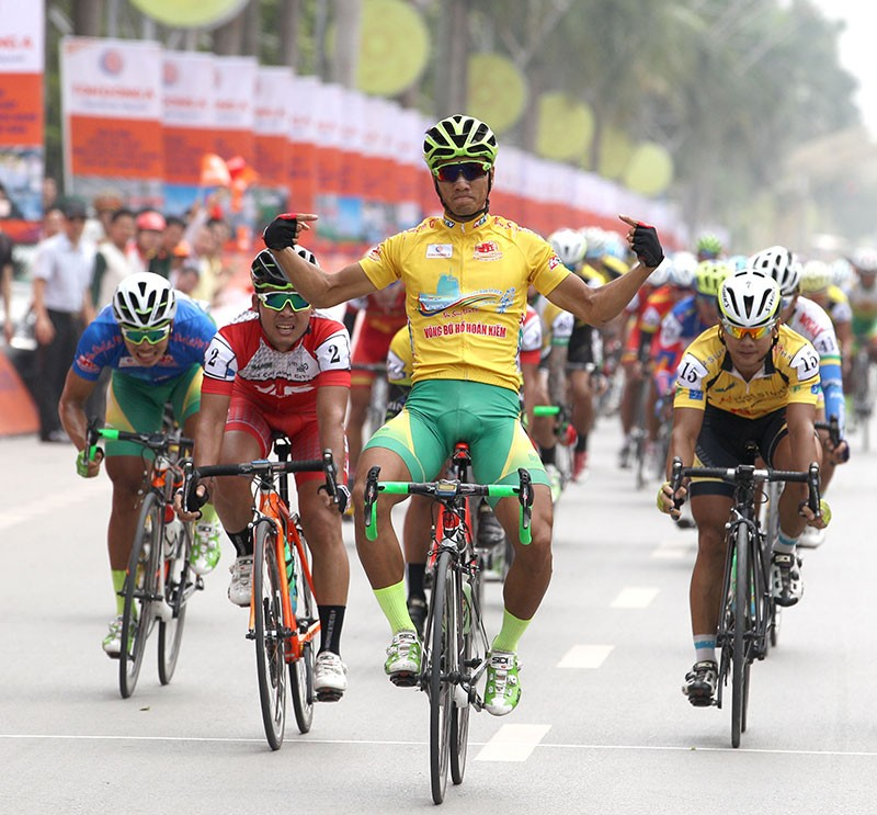Tay đua Nguyễn Thành Tâm khẳng định ngôi vị số 1 - ảnh 1