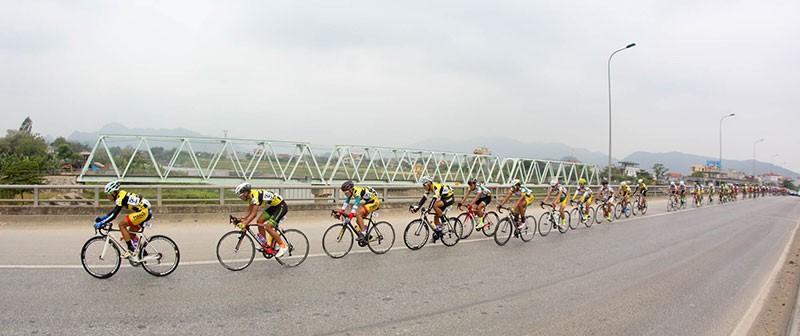 Tay đua Nguyễn Thành Tâm khẳng định ngôi vị số 1 - ảnh 2