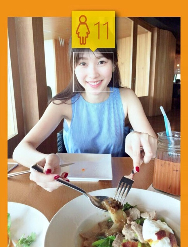Đã có lúc, Facebook đoán định, Hoa hậu chỉ mới 11 tuổi.
