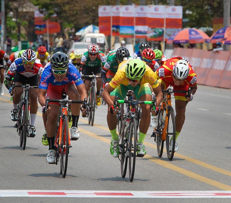 Tay đua Nguyễn Thành Tâm không có đối thủ - ảnh 6