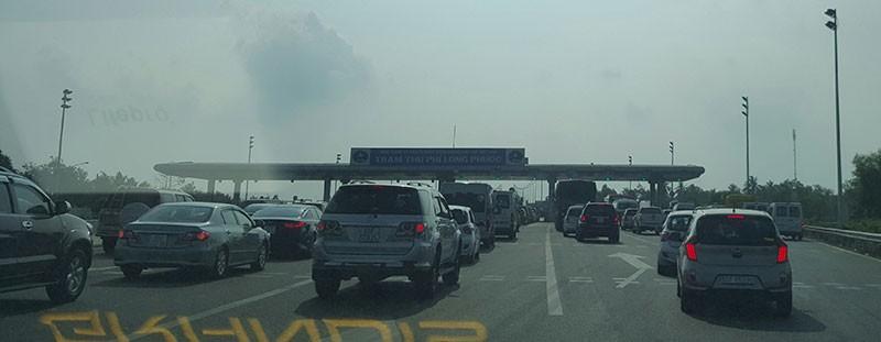 Xe dày đặc trên cao tốc Long Thành-Dầu Giây  - ảnh 3