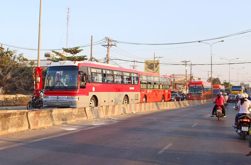 Sau kỳ nghỉ Giỗ tổ: Đường về lại thành phố thông thoáng - ảnh 3