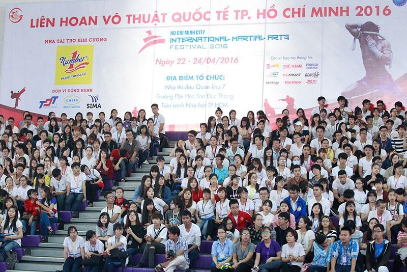 'Nữ hoàng' Châu Tuyết Vân lên ngôi tại Cúp sinh viên 2016   - ảnh 2