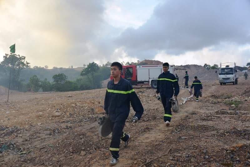 Chưa rõ nguyên nhân cháy rừng dữ dội ở dự án FLC Hạ Long - ảnh 2