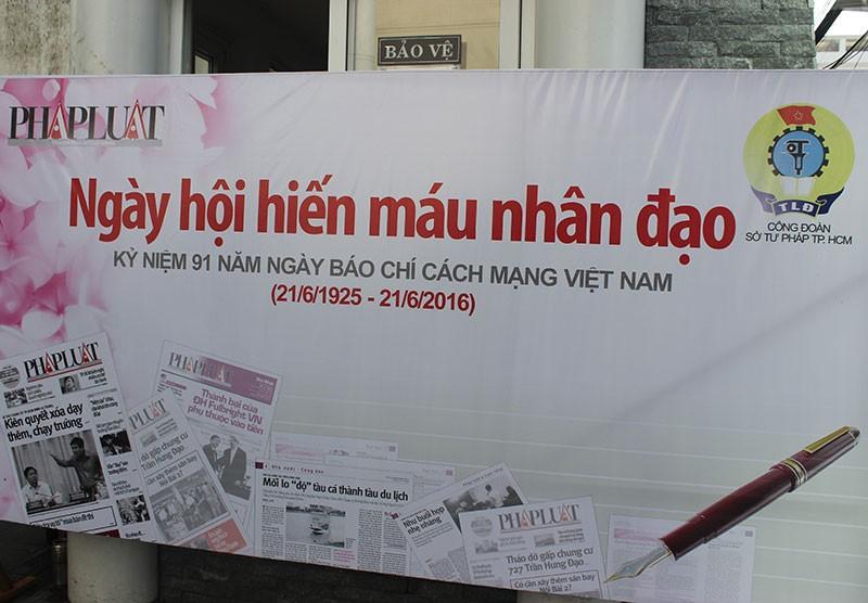 Báo Pháp Luật TP.HCM tham gia hiến máu nhân đạo - ảnh 2