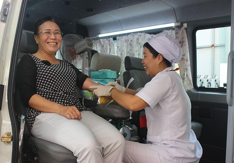 Báo Pháp Luật TP.HCM tham gia hiến máu nhân đạo - ảnh 1