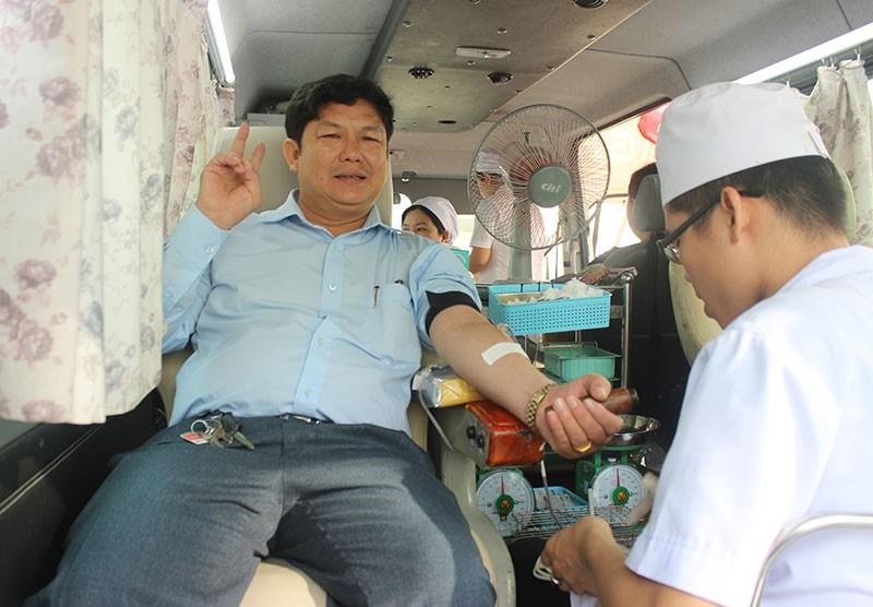 Báo Pháp Luật TP.HCM tham gia hiến máu nhân đạo - ảnh 5