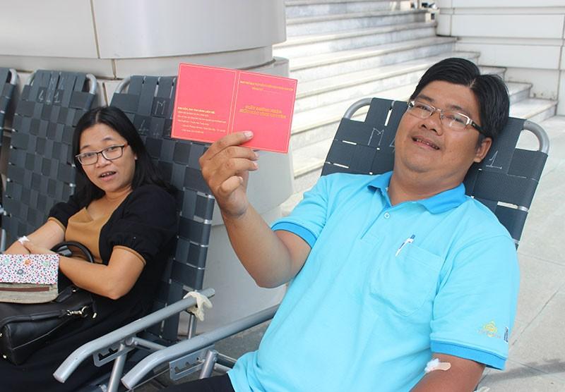 Báo Pháp Luật TP.HCM tham gia hiến máu nhân đạo - ảnh 10