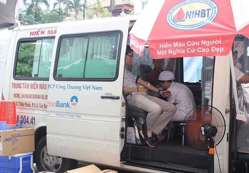Báo Pháp Luật TP.HCM tham gia hiến máu nhân đạo - ảnh 3
