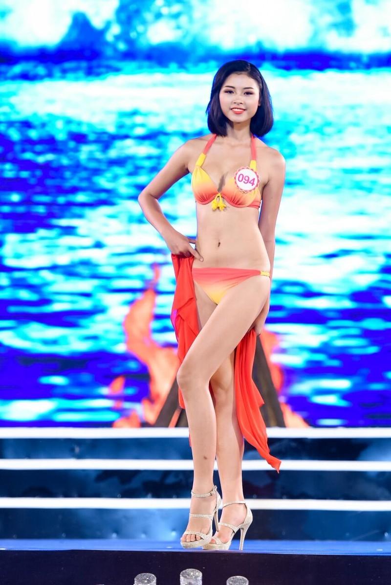 18 người đẹp phía Bắc trình diễn bikini - ảnh 27