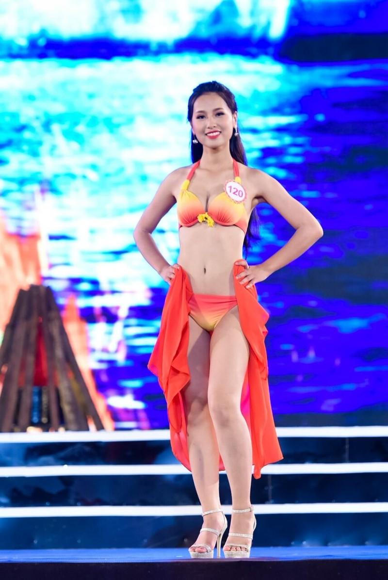 18 người đẹp phía Bắc trình diễn bikini - ảnh 4