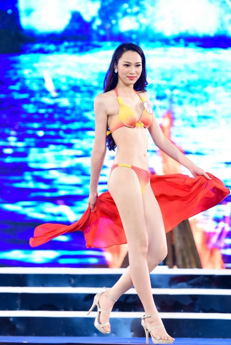 18 người đẹp phía Bắc trình diễn bikini - ảnh 24