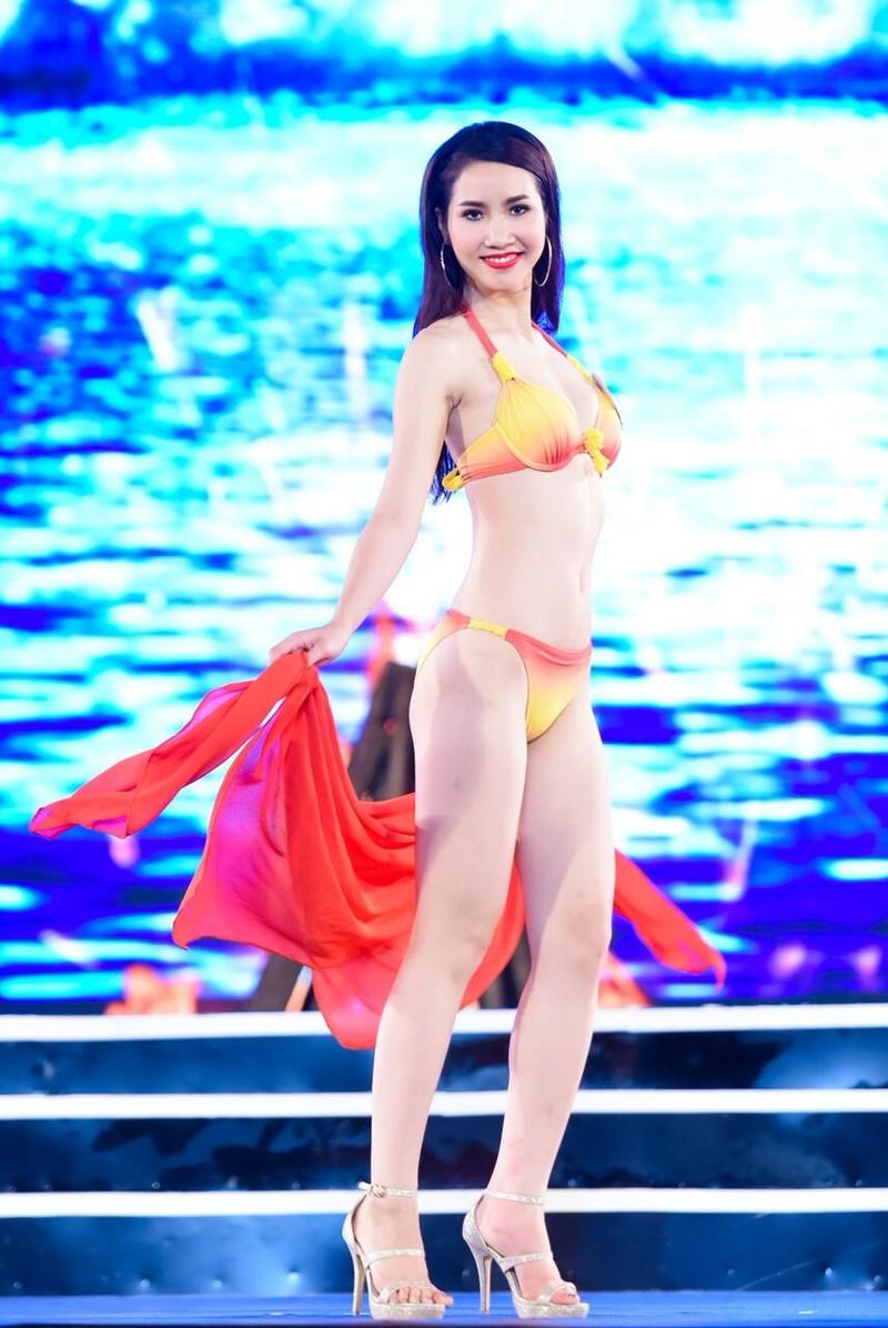 18 người đẹp phía Bắc trình diễn bikini - ảnh 2