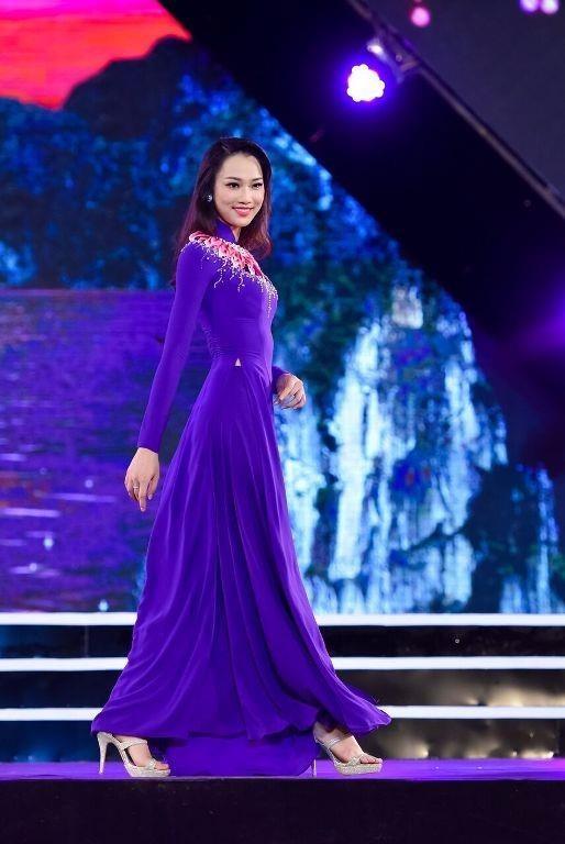 Cô hiện là sinh viên Đại học Ngoại thương Hà Nội