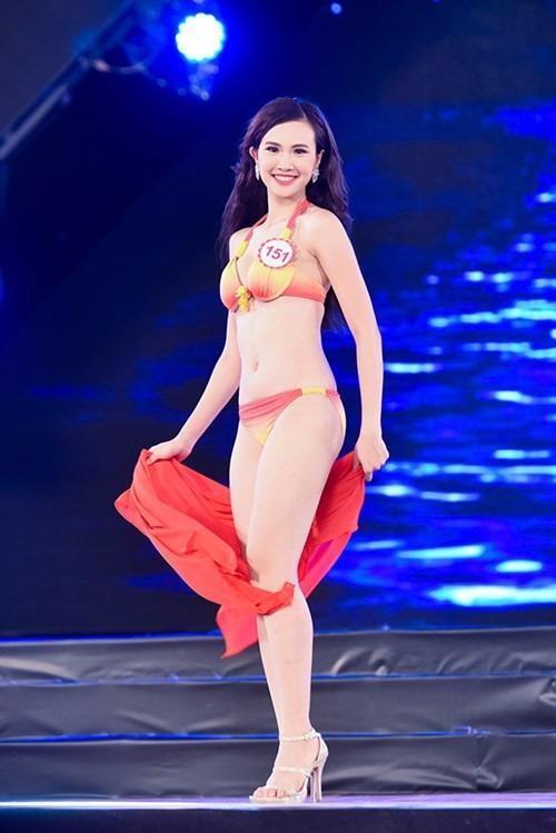 Sái Thị Hương Ly cũng từng đoạt giải nhì cuộc thi hát