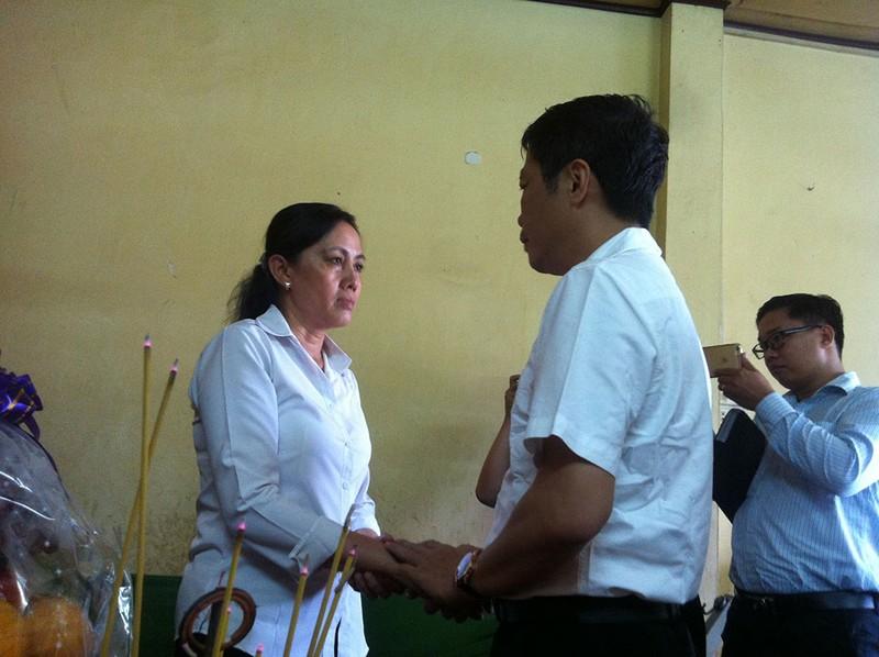 Bộ trưởng Công thương thăm gia đình anh Nguyễn Kim Danh - ảnh 3