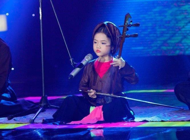 Tú Thanh - Nghệ sĩ hát dòng nhạc cổ truyền nhỏ tuổi nhất - Ảnh: DQMedia