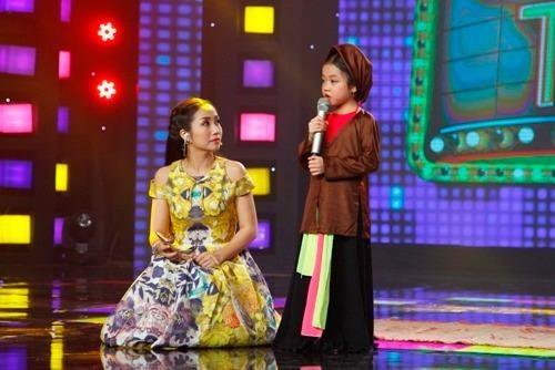 """""""Ca nương 6 tuổi"""" khiến Ốc Thanh Vân trầm trồ ngưỡng mộ"""