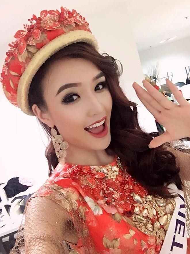 Đặng Phạm Phương Chi lọt top 10 Nữ hoàng Du lịch Quốc tế 2016. Ảnh: FBNV.