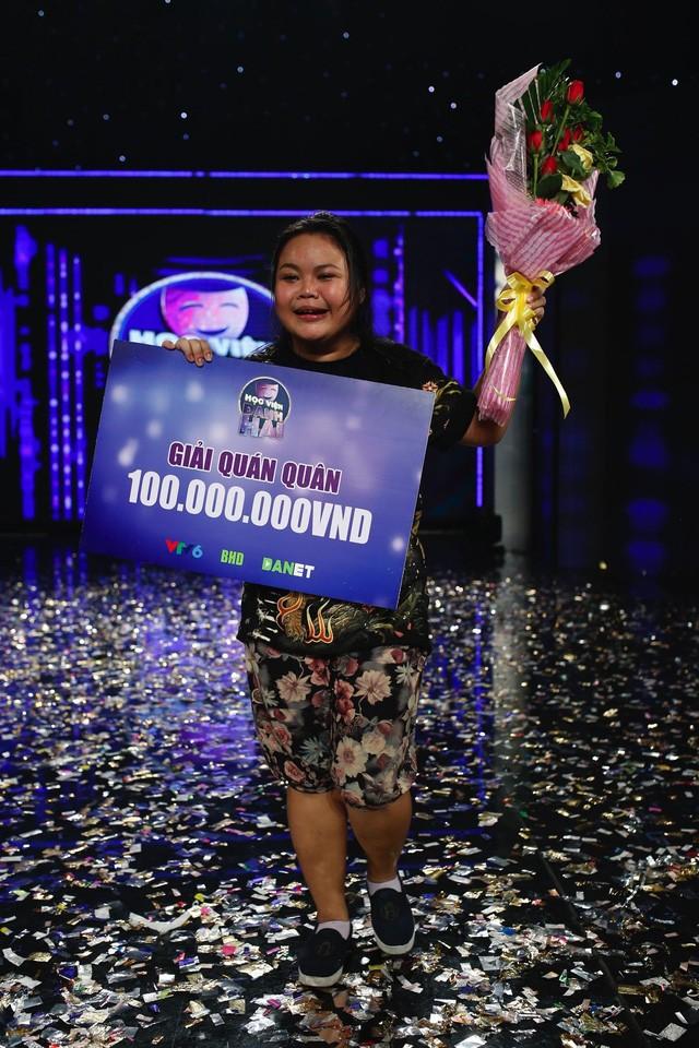 Cô nàng trăm ký Ngọc Hoa đăng quang quán quân Học viện danh hài - Ảnh 15.