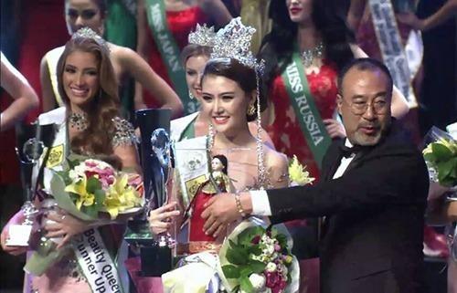 Ngọc Duyên đã mang vinh quang về cho nhan sắc Việt Nam trên đấu trường nhan sắc quốc tế đêm 24-10. Ảnh VNE