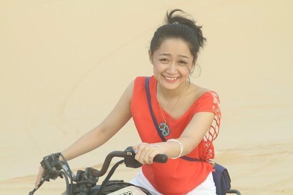 Thu Hà còn bén duyên điện ảnh với nhiều vai diễn trong các phim: Nhật ký Vàng Anh, Mùa thu không cô đơn, Trần Thủ Độ...
