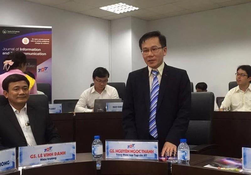 S Nguyễn Ngọc Thành (đứng) được bổ nhiệm Tổng biên tập tạp chí JIT