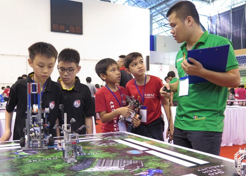 Ngày hội Robocon Quốc tế 2015 quy tụ 121 đội thi - ảnh 6