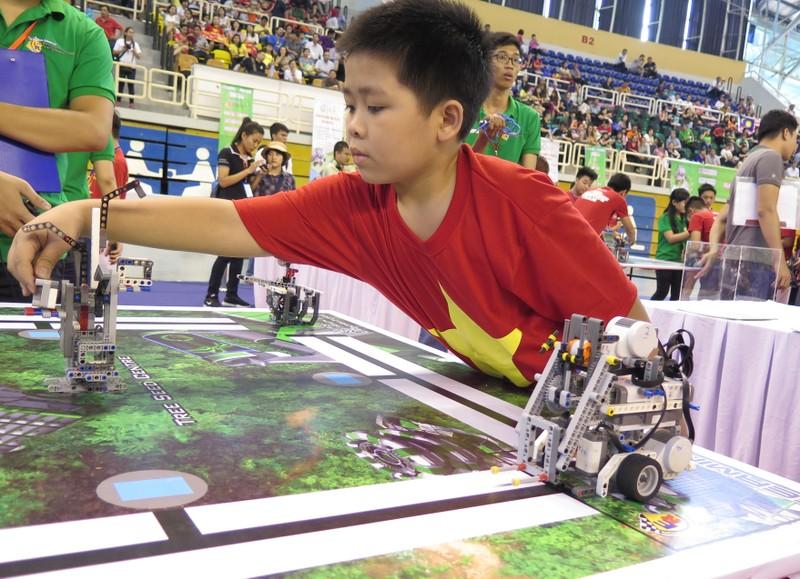 Ngày hội Robocon Quốc tế 2015 quy tụ 121 đội thi - ảnh 4
