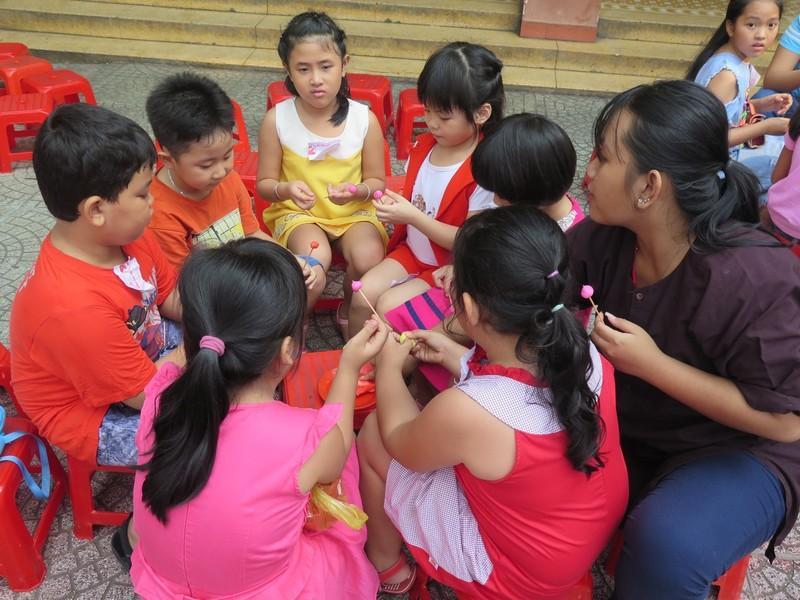Trò tiểu học thích thú với ngày hội trò chơi dân gian - ảnh 4