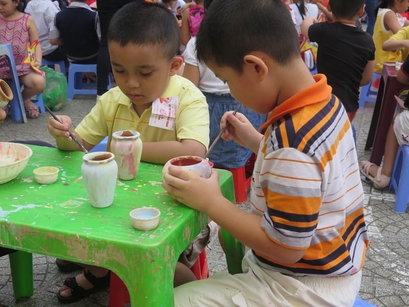 Trò tiểu học thích thú với ngày hội trò chơi dân gian - ảnh 12