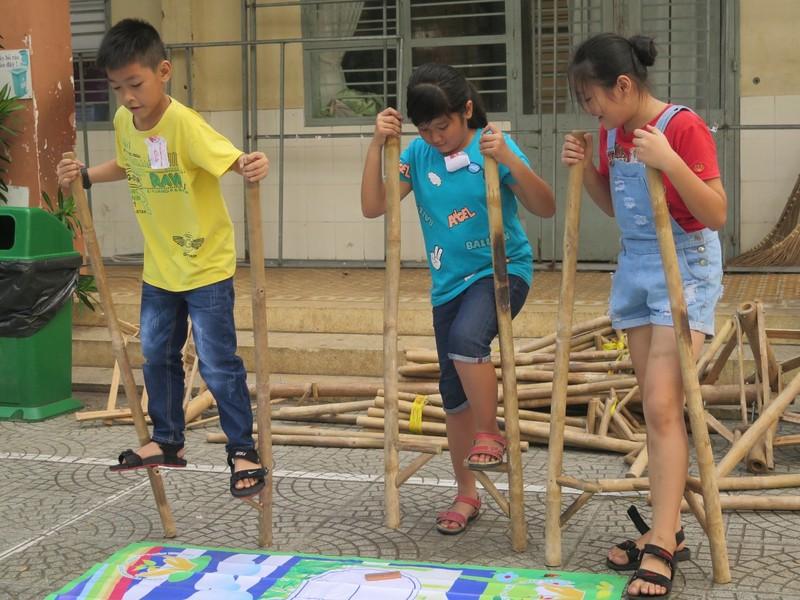 Trò tiểu học thích thú với ngày hội trò chơi dân gian - ảnh 18
