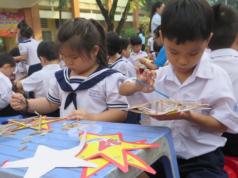 Trò tiểu học thích thú với ngày hội trò chơi dân gian - ảnh 8