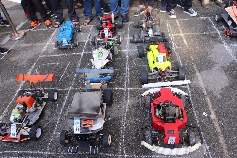 Những chiếc xe ô tô mô hình do sinh viên tự chế và lắp ráp