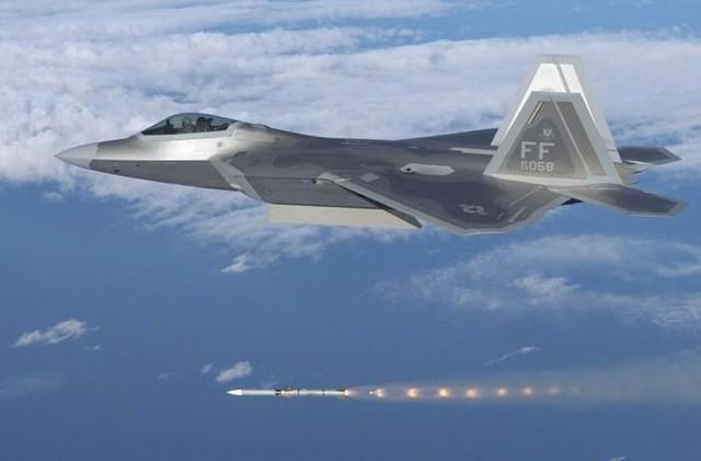 F-22 sẽ bại trận khi không chiến với T-50 PAK FA của Nga? - ảnh 2