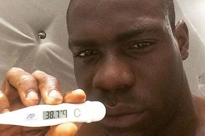 Balotelli tung bằng chứng bị ốm nên không thể thi đấu - ảnh 1