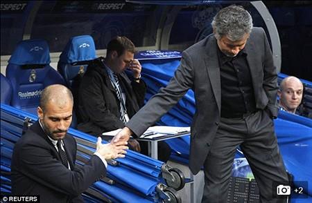 Mourinho: 'Sir Alex Ferguson đã dạy tôi phải tôn trọng đối thủ' - ảnh 4