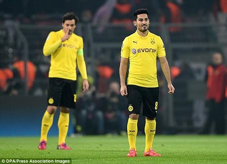 Bỏ ra 50 triệu bảng, M.U 'tậu' bộ đôi ngôi sao của Dortmund - ảnh 1