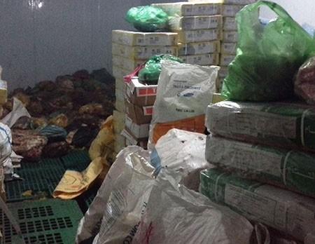 Phát hiện 14,6 tấn sản phẩm động vật không nguồn gốc - ảnh 5