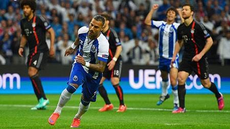 Porto 3-1 Bayern: Bẻ Nanh Hùm Xám - ảnh 1