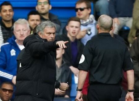 Lộ diện trọng tài bắt chính đại chiến Chelsea – Man Utd - ảnh 1