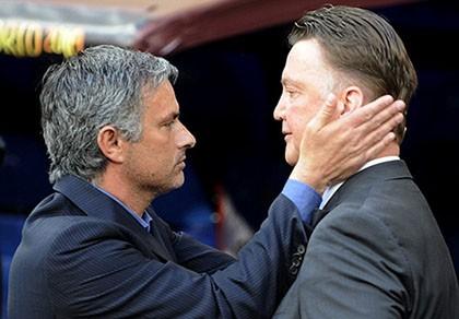 Mourinho là học trò xuất sắc nhất của... Van Gaal - ảnh 2