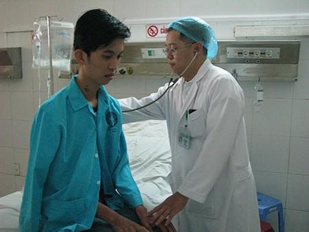 Cứu sống bệnh nhân bị viêm phổi nặng do cúm AH3 - ảnh 1