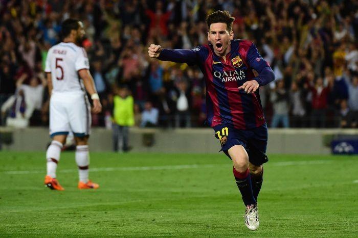 """Messi """"nghiền nát"""" Bayern Munich"""