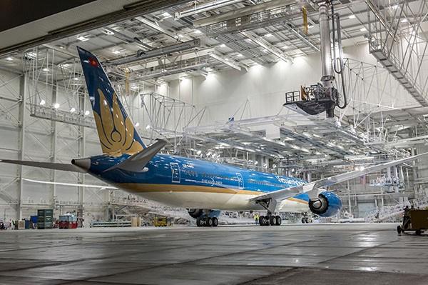 Vietnam Airlines sắp nhận máy bay hiện đại nhất thế giới - ảnh 1