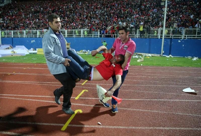 Chuyện bi hài của bóng đá Iran - ảnh 2