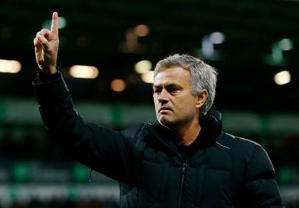 Sốc: Thua muối mặt, Mourinho đổ lỗi cho… M.U, Arsenal, Man City - ảnh 1