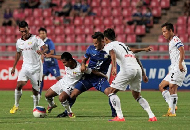 Thắng đậm U-23 Myanmar, U-23 Thái Lan thách thức mọi đối thủ - ảnh 1