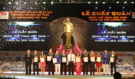 Đoàn thể thao Việt Nam tổ chức lễ xuất quân tham dự SEA Games 28 - ảnh 1